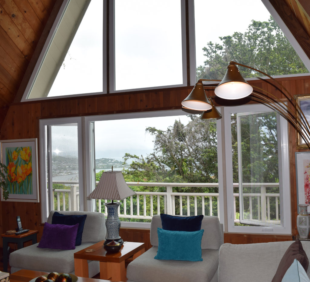 makai-vinyl-picture-and-casement_kaneohe-home