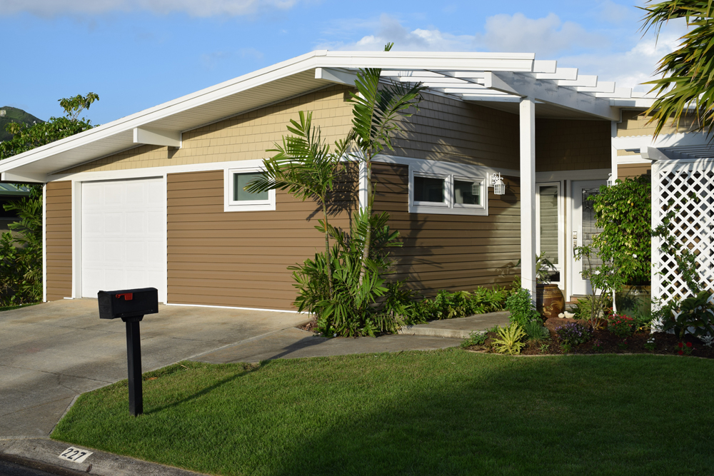 A after siding full house angle